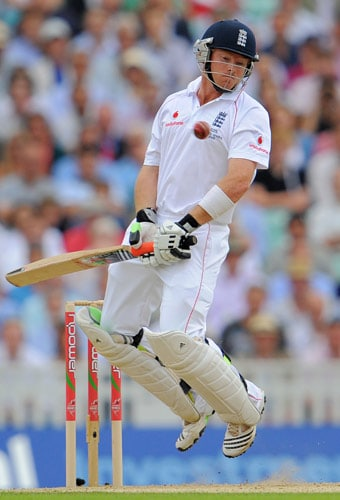 England batsman Ian Bell avoids a bouncer on the first day of the fifth and final Ashes Test match between England and Australia at the Brit Oval in London on Thursday. (AFP Photo)