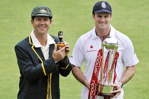 This time around, none of the two teams has that aura around them. Australia are sans the names like Warne, McGrath, Hayden and Gilchrist, while England are one inconsistent side despite having some big names. This puts the two sides, more or less, on the same pedestal, making it a riveting contest. (AFP Photo)