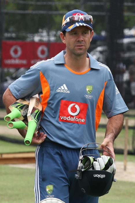 <b>Gearing Up:</b> Ponting taking part in a training session a day before their first Ashes Test against England in Brisbane. (AFP Photo)
