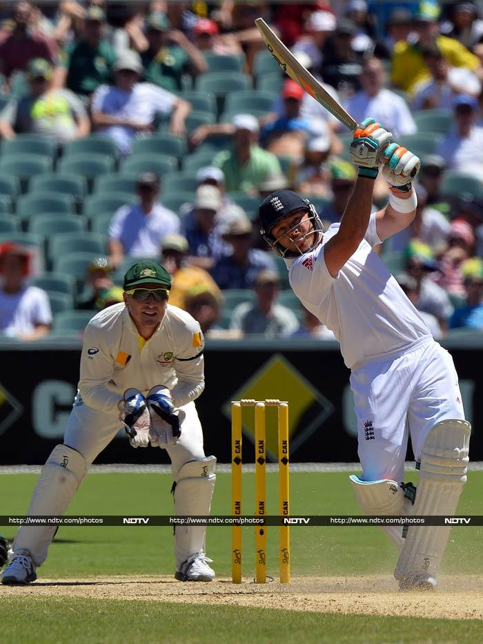 Ian Bell remained not out on 72 as England were skittled for 172, once again failing to score beyond 180 after being dismissed for 136 and 179 in Brisbane.