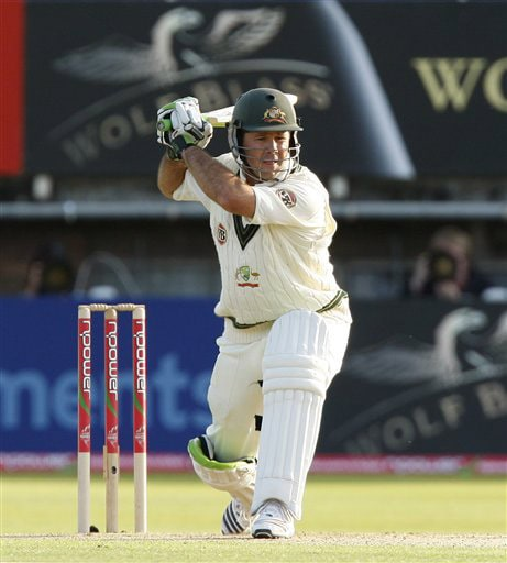Ricky Ponting shoulders his bat on the first day of the third Test between England and Australia in Birmingham on July 30, 2009. (AP Photo)