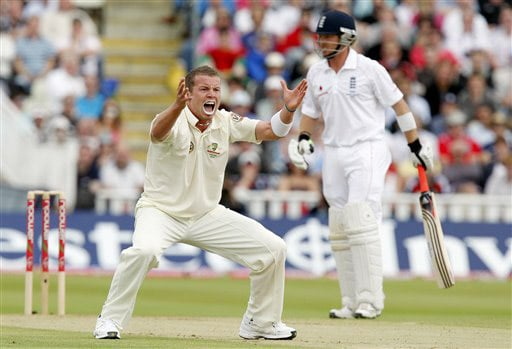Peter Siddle appeals unsuccessfully for LBW against Ian Bell on Day 4 of the third Test between England and Australia at Edgbaston in Birmingham. (AP Photo)