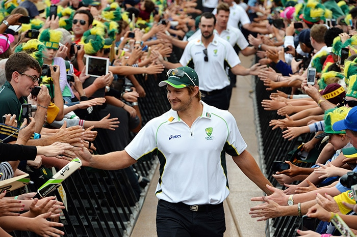 Shane Watson smiling?!?!?! That's not something we see very often on the cricket field. (AFP image)