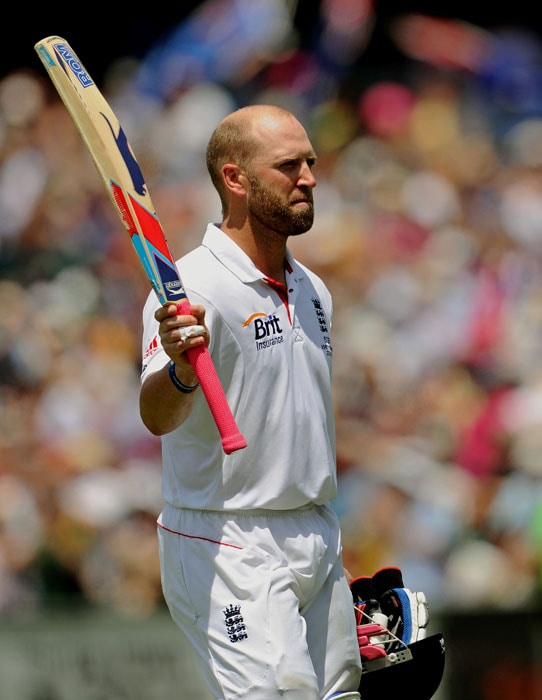 England's Matt Prior leaves the ground after being dismissed on day four of the fifth Ashes Test against Australia at the Sydney Cricket Ground. (AFP Photo)