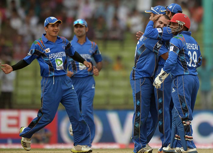 Afghanistan picked up wickets at regular intervals to rock the Pakistan top-order and pose a serious threat of causing a major upset.