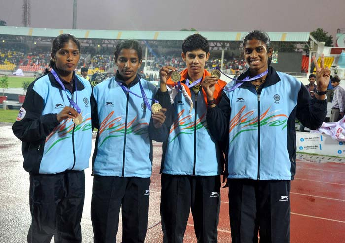 India clinched a gold medal in women's 4X400m relay in a sensational race to finish sixth overall as the curtains were drawn on the 20th Asian Athletics Championships with China confirming their supreme status in the continent.<br><br> India ended the Championships with two gold, six silver and nine bronze, a much improved performance than the last edition in 2011 in Kobe, Japan where they had finished seventh with one gold, three silver and eight bronze.