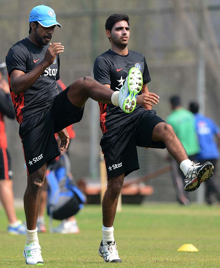 Varun Aaron (left) and Bhuvneshwar Kumar will need to be in similar sync while bowling in tandem during the tournament.