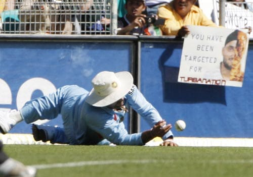 Virender Sehwag fails to take a catch during their one-day international against Australia at the Sydney Cricket Ground on Sunday, February 24, 2008.