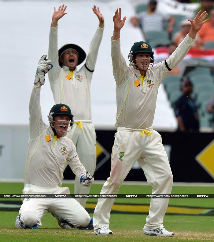 At stumps on Day 4, Australia are four wickets away from a 2-0 series lead. Matt Prior is the only recognised batsman for England with an improbable 284 needed for victory. (AFP image)