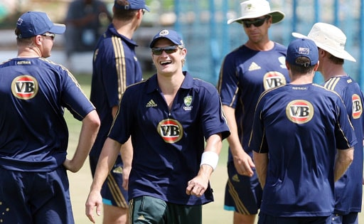 Australian cricketer Shane Watson (C) shares a light moment with teammates during a training session in Jaipur on September 25, 2008.