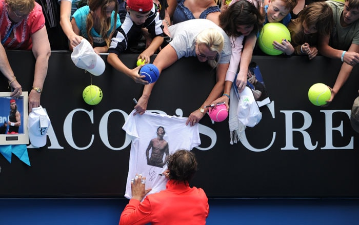 Spain's star, Rafael Nadal gives back to his fans...