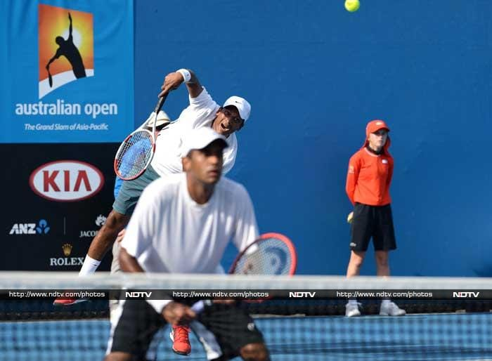 Veteran Indian Mahesh Bhupathi and his American partner Rajeev Ram came from behind to beat Santiago Giraldo from Columbia and Joao Sousa from Portugal 4-6 6-3 6-4 in two hours and two minutes. They will now meet the second-seeded pair of Alexander Peya and Bruno Soares.
