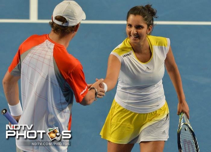 There was some joy for India as Sania Mirza won her doubles match with partner Bob Bryan.