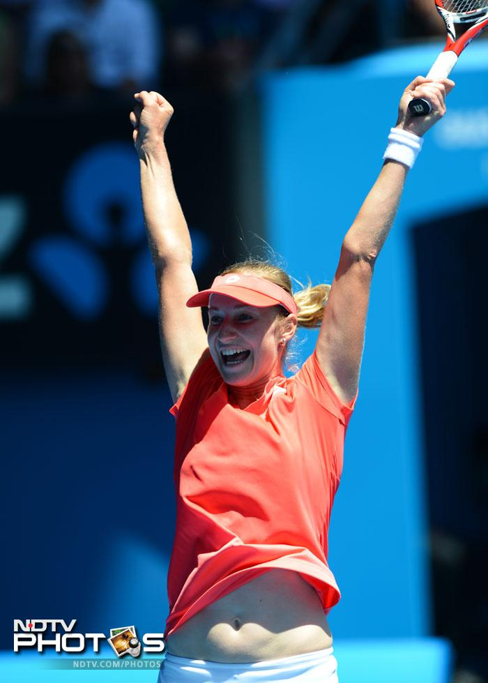Not many surprises on the day as players expected to win did complete the formalities. Angelique Kerber was the unlucky one as she lost out to Ekaterina Makarova (In pic). (Photo and text credit: AFP)