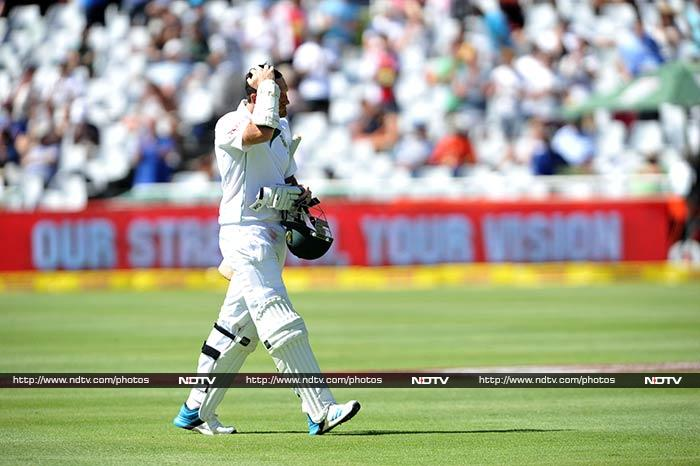 Emotions ran high as Graeme Smith walked off the field at Cape Town --where he had begun his career back in 2002 -- for the last time.