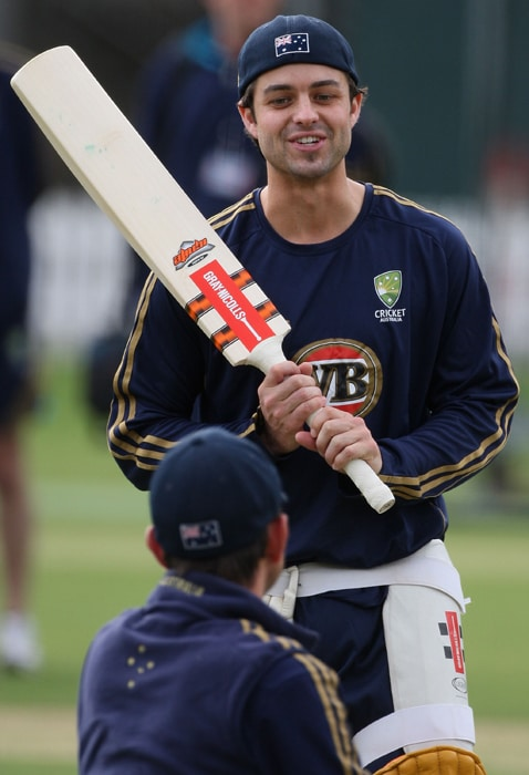 <b>CALLUM FERGUSON</b><br><br> <b>Age: </b>26.<br><b>Role: </b>Right-hand batsman. Right-arm medium.<br> <b>Stats: </b>ODIs 28, Runs 660, Highest 71no, Average 44.00, Strike-Rate 86.23, Centuries 0, Fifties 5, Catches 7. No bowling.<br><br> Lightly-built batsman who missed the 2009-10 season with a serious knee injury that required reconstructive surgery. Lively, busy batsman who gets his chance as an injury replacement having missed initial selection.(Photo: Getty Images)