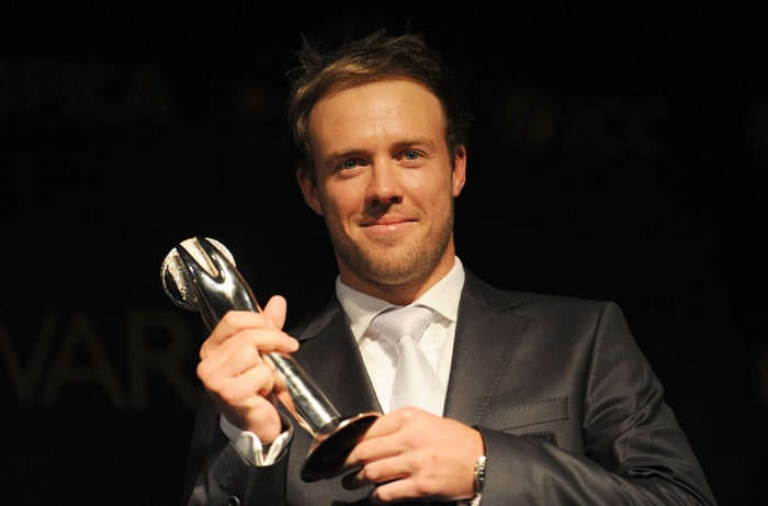 South Africa's AB de Villiers has won the ODI Player of the Year award. During the voting period, de Villiers played 16 ODIs and scored 855 runs at an average of 71.25 and at a rate of 103.38 runs per 100 balls faced. In that time he hit four 50s and four centuries making sure he led his team from the front when it came to batting.