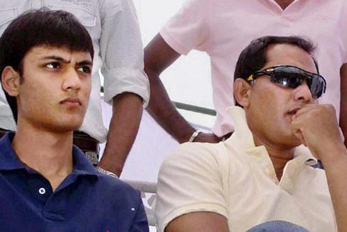 Five days after he was rushed to a Hyderabad hospital after a road accident, Ayazuddin, son of former cricketer Mohammed Azharuddin, has died. He was 19.<br><br>Many mourned the death of Ayazuddin on Twitter.