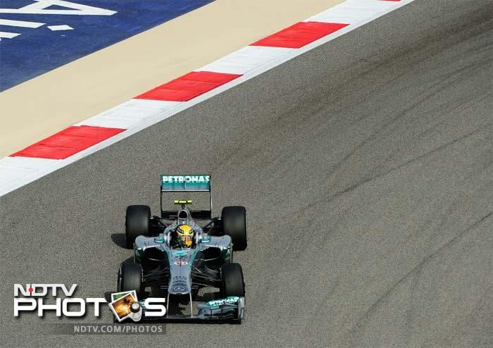 Mercedes' Lewis Hamilton pipped Red Bull's Mark Webber in the final lap to make it to the top 5 after starting the race from 9th place.