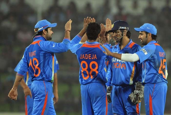 There was some success for India as Ravindra Jadeja and Praveen Kumar picked four between them but the twist was yet to come.