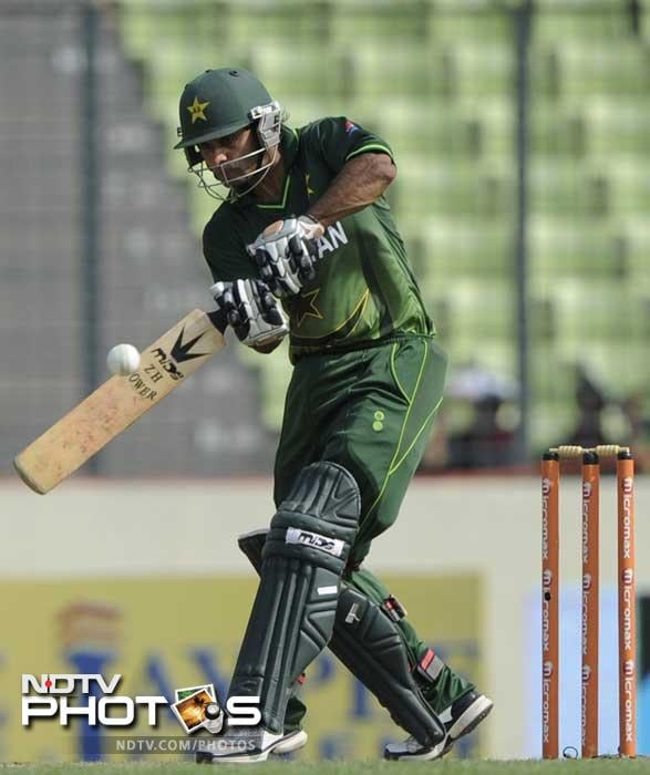 Pakistan batsman Mohammad Hafeez plays a stroke. Hafeez was the top-scorer in the Pakistani line-up with 89 runs. (Photo: AFP)