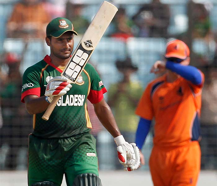 The man instrumental in Bangladesh's surprise win over England in the previous match, Imrul Kayes, was once again the top-scorer, with an unbeaten 73.