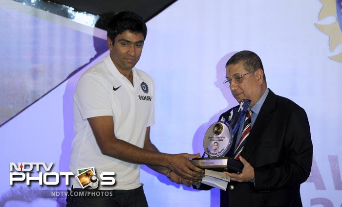 Ace India spinner R Ashwin was also present at the awards ceremony.