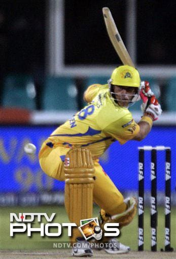 Madhavrao Scindia Award (Highest Scorer in the Ranji Trophy 2010-11) was given to S Badrinath. He is seen here batting for Chennai Super Kings in the IPL but he plays for Tamil Nadu in the Ranji Trophy.