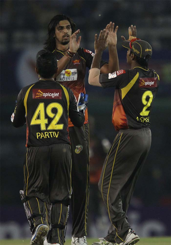 Deccan Chargers were having another poor run in 2011, two years after lifting the IPL trophy in South Africa and they were up against it facing the unfancied Kochi Tuskers Kerela. Deccan had folded up for a lowly 129 and Kochi were staring at a rare victory. But Ishant Sharma had other plans - the lanky pacer was relenltess and poured cold water on KTK's ideas of triump, finishing with 5/12 off three overs. Kochi Tuskers were bundled out for 74 and Deccan Chargers went back home a much happier lot