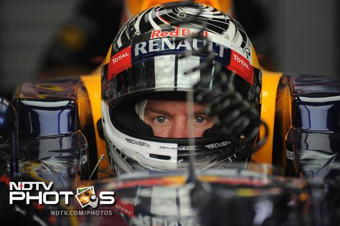 It was a good day for Red Bull as the defending champion took pole position, just ahead of Lewis Hamilton. Vettel went ahead towards the end, to finish first.