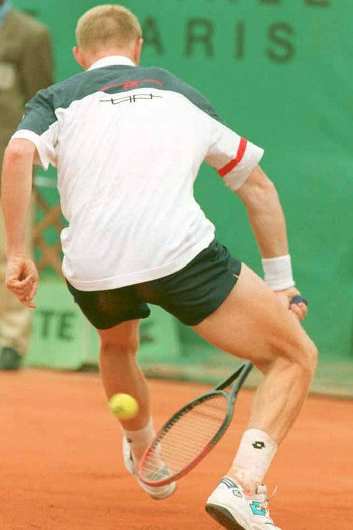 Not one to play second fiddle, Becker had a whole host of shots in his repertoire. At the 1995 French Open Becker would have made Johnson proud with this underhand shot between-the-legs.