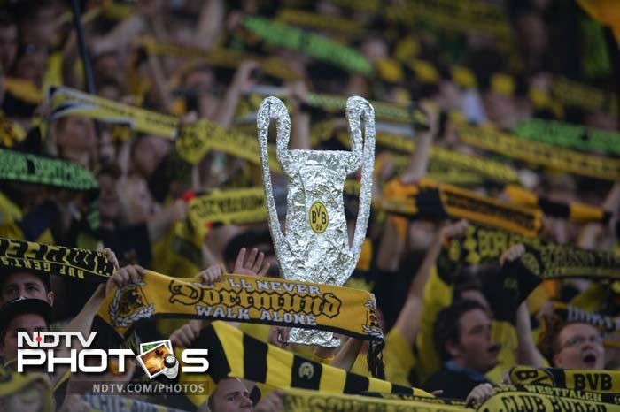 The fans were in delirium as is the atmosphere always in Dortmund and it spurred on the players to perform even better.
