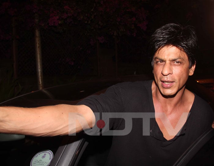 Shah Rukh Khan couldn't make it for the match but that didn't stop him from showing his support.<br>(Photo Courtesy: Varinder Chawla)