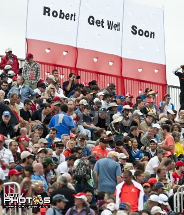 The crowd at the Circuit Gilles Villeneuve in Montreal was there in full capacity. Some even showed support for Polish driver Robert Kubica from BMW Sauber F1 team, who is not part of the 2011 season after being seriously injured in the Ronde di Andora rally. (AFP PHOTO)