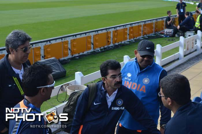 India's media Manager Dr Baba (3rd from left) and team manager Ranjib Biswal (4th from left) talk to ICC officials.