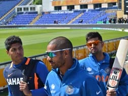 Photo : Champions Trophy: How Indian players and officials enjoyed the Cardiff sun