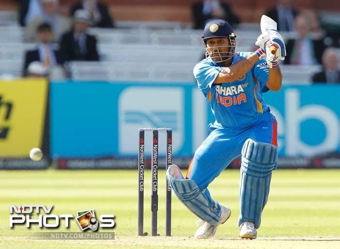 Skipper MS Dhoni came to the crease and punished the England bowlers. He completed his fifty off just 26 balls to take India beyond 300. It was his 3rd fifty of the series and that won him the man of the series award.