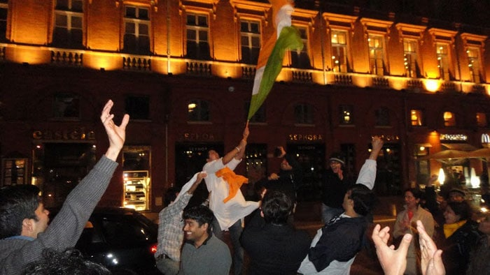 Even Indians who are staying abroad felt proud and happy to be a part of the celebration. One of the cricket fans has sent pictures of celebration on the streets of Toulouse, France.