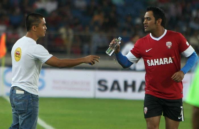India skipper Dhoni perhaps enjoyed the most and is seen here with Indian footballer Sunil Chettri who was present at the sidelines.