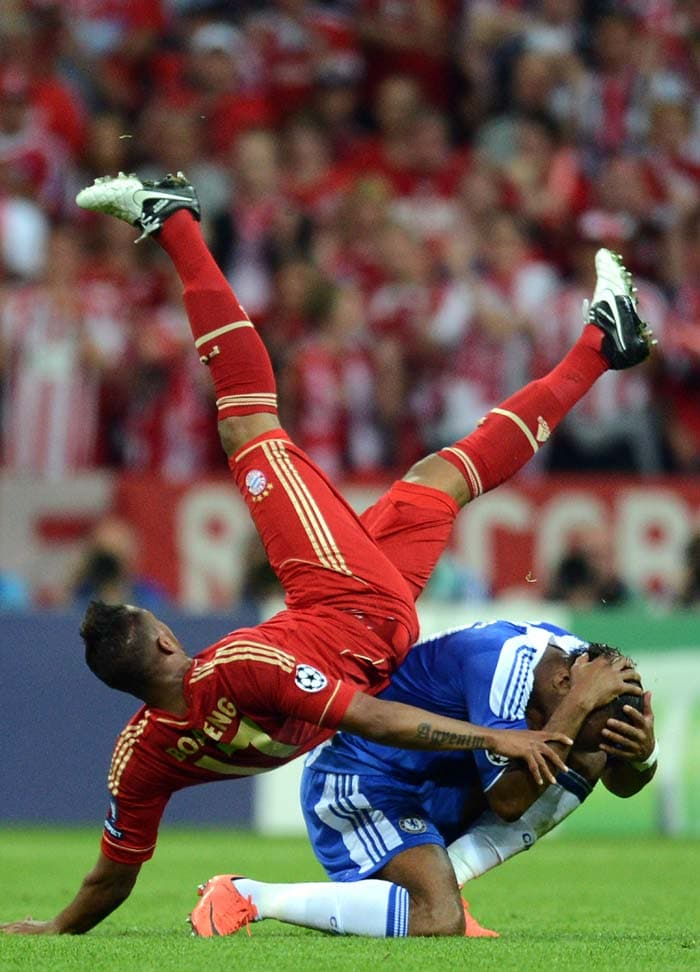 Didier Drogba in action against Bayern. Bigger and much better things were to come from this man.