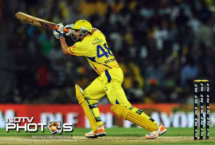 Michael Hussey played a good hand for the opening partnership of 68 runs with Murali Vijay.