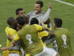 Photo : FIFA World Cup : Brazil Win 3-2 on Penalties Against Chile, Go Through to the Last Eight