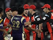 CLT20: Redbacks vs Knight Riders