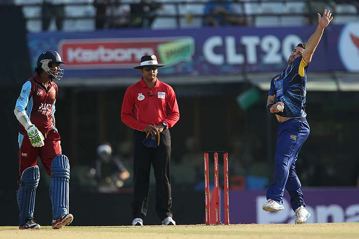 Ryan ten Doeschate replaced Aaron Redmond for this game and proved his worth by taking two wickets.