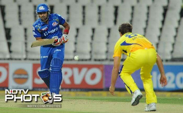 Rohit Sharma, too, was able to plug the hole after the initial shocks as scored a fluent 32 off 26 balls. He hit three 6s.