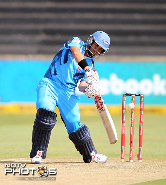 It was Jacques Rudolph though, who continued his brilliant run with another innings of substance getting 63 runs off 56 balls and leading Titans to an emphatic win over Auckland.