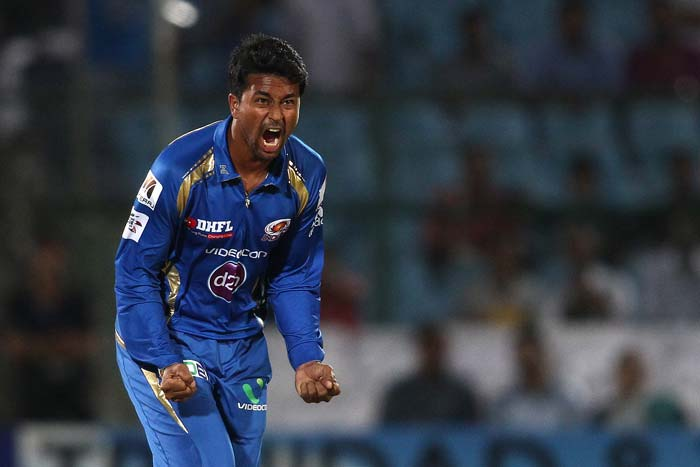 Pragyan Ojha was the pick of the bowlers for Mumbai Indians. He finished with 2 for 26.