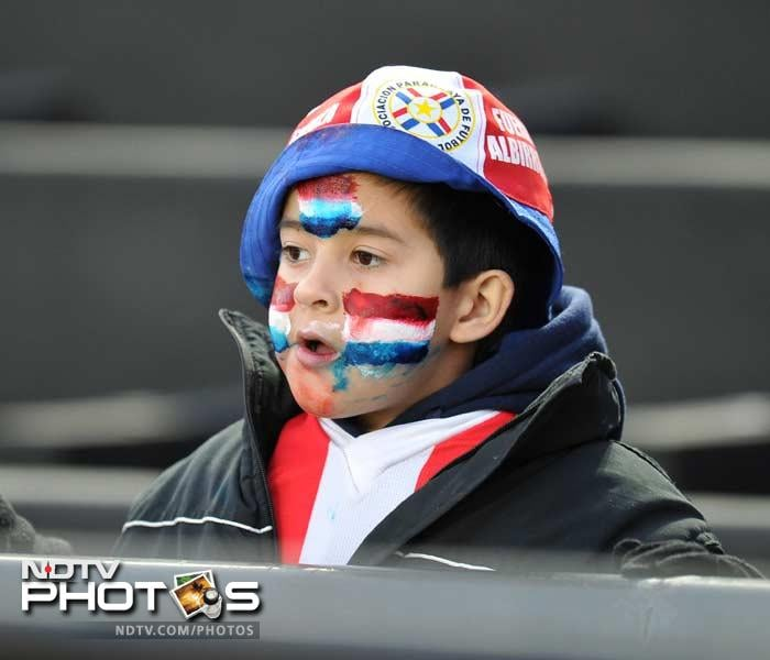 Age too is hardly a factor. This child may not know Larissa Riquelme who has promised to strip for Paraguay. However the focus is unwavering.