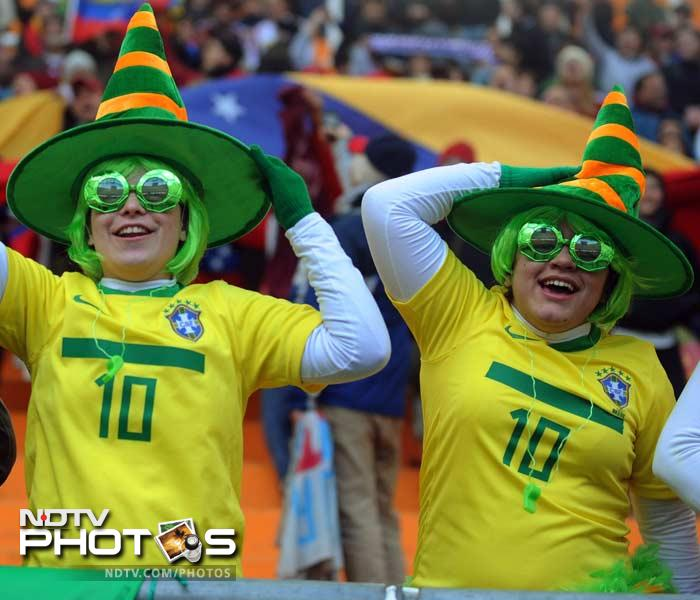 From hates to glasses to yellow-coloured jerseys, Brazilian fans are known for their extravagant support and pumping adrenaline.