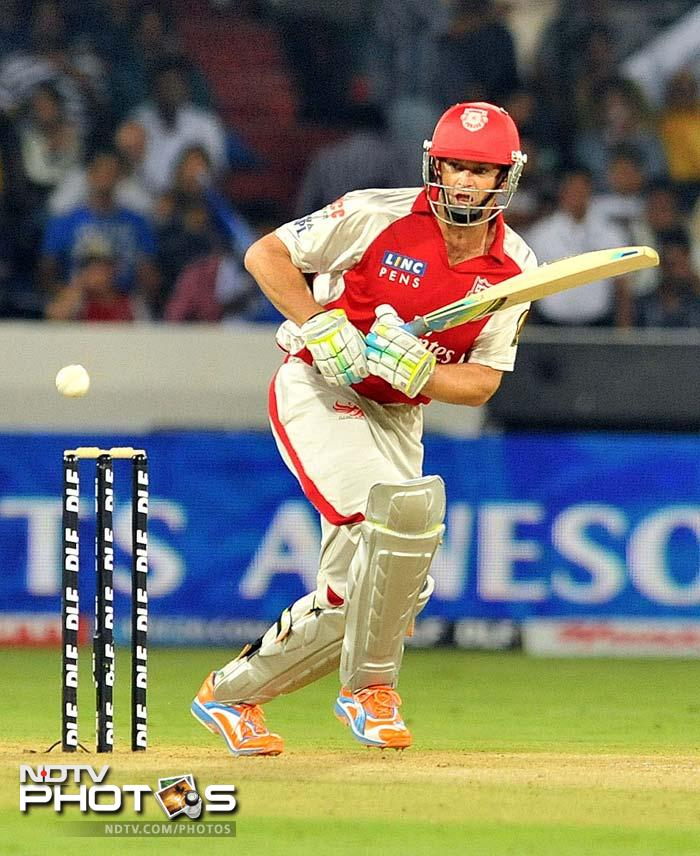 <b>82 </b>No of sixes hit by Adam Gilchrist in IPL - most by any batsman.